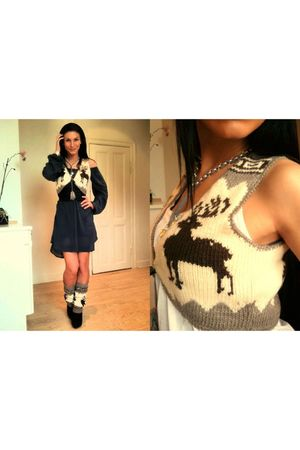 brown culture vest - brown culture socks - blue Saint Tropez dress - gray Diddi 