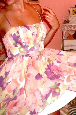 pink Forever 21 dress