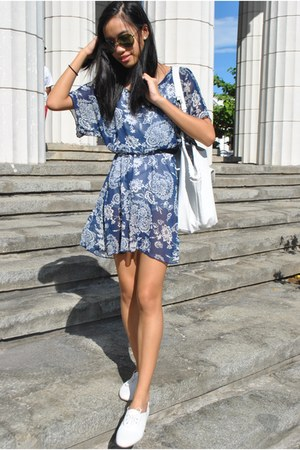 navy floral sheer dress