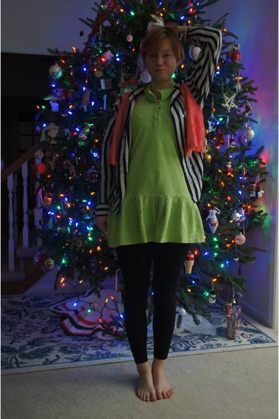 chartreuse goodwill Ruby dress - navy goodwill Ellen Tray top