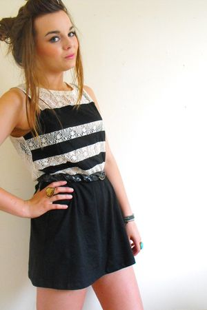 black Topshop dress - black vintage belt - gold Superdrug accessories