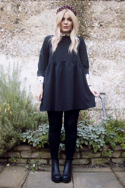 smock THE WHITEPEPPER dress