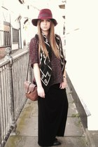 Topshop dress - Office boots - felt Topshop hat - Primark scarf - vintage bag