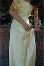 Yellow-jessica-mcclintock-dress-silver-mina-shoes