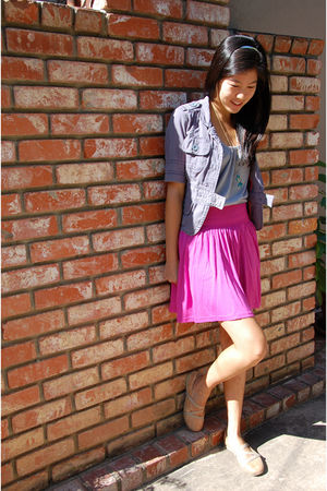 blue blazer - gray top - pink skirt - beige shoes - necklace - green