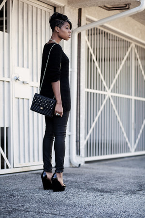 H&M sweater - PopMolly bag - Zara pants - Zara wedges