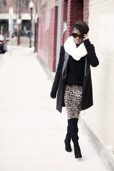 Leopard Pencil skirt skirt - BB Dakota coat - Prada sunglasses