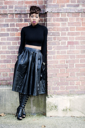 midi luluscom skirt - open toe Shoedazzle boots - cropped asos top