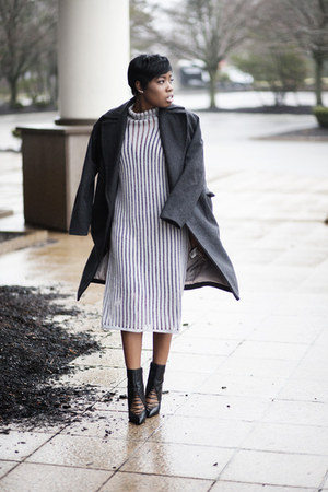 River Island boots - daily look dress