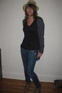 Black-bilby-moss-t-shirt-charcoal-gray-target-cardigan-blue-anoname-jeans-