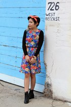 floral print dress - lace up boots - twist American Apparel scarf