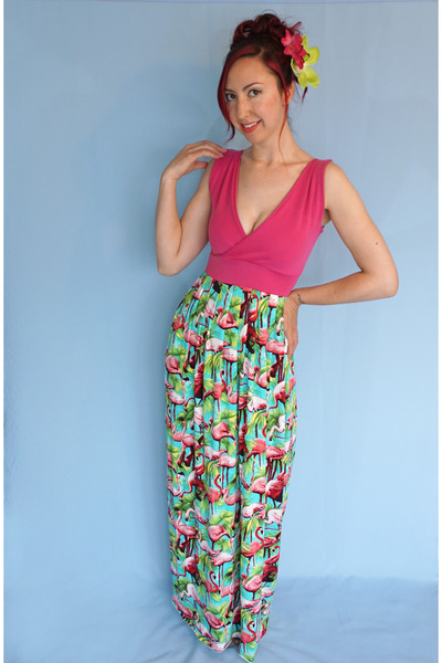 bubble gum Lola Nova dress
