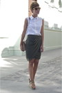 White-zara-shirt-camel-uterque-bag-dark-green-zara-skirt