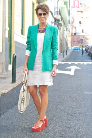 aquamarine Zara blazer - white Mango dress - white Massimo Dutti bag