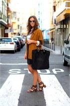 oversized Zara blazer - stamping primark men shirt - Zara bag