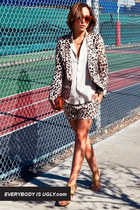 Zoo Fashion: Fashion Cues From Our Furry Friends