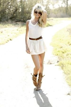 boots - dress - belt