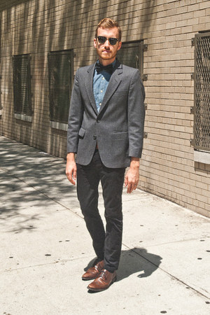 brown wingtip Alfani shoes - navy chambray J Crew shirt - black clumbaster Ray B