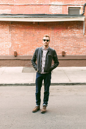 All Saints shirt - 1901 boots - Doctrine Denim jeans - Levis jacket