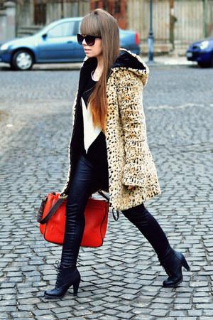 light brown Terranova coat - carrot orange New Yorker bag - H&M sunglasses