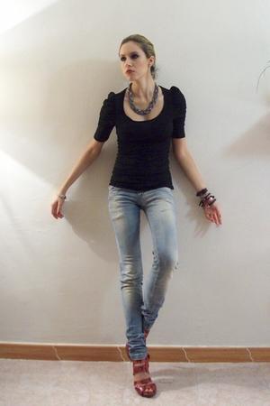 black Zara Woman blouse - red Zara Woman shoes - gray Shasa accessories