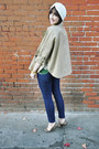 Tan-trench-coat-tela-cape-navy-forever21-jeans-off-white-turban-vintage-hat