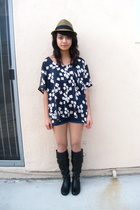 reformed top - f21 boots - Zara shorts - uo fedora hat