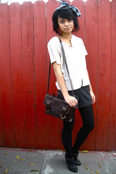 vintage top - Deena & Ozzy shoes - vintage shorts - liz claiborne accessories