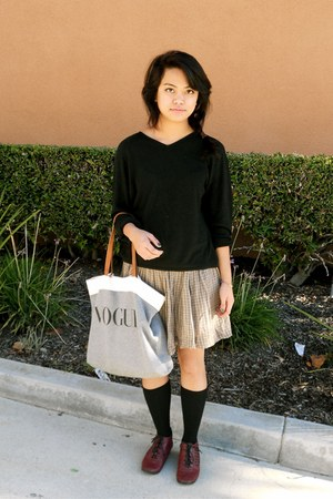 Target skirt - UO shoes - vintage sweater - Brandy & Melville bag
