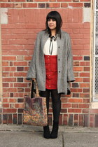 gray vintage cape - black American Apparel tights - bronze vintage bag