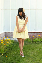 light yellow Zara dress - light pink vintage bag - off white vintage heels