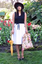 ivory vintage dress - crimson Sonni of San Francisco hat - pink vintage bag - go
