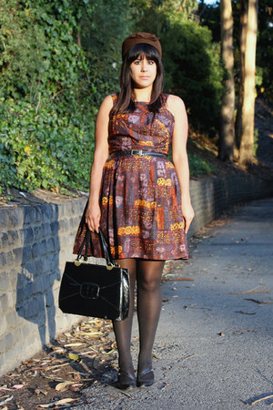 brown vintage dress - brown vintage hat - black American Apparel tights