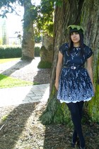 black vintage dress - olive green vintage hat - black American Apparel tights -