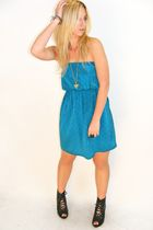 blue vintage dress - black Aldo shoes