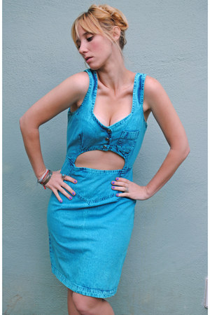 turquoise blue vintage dress