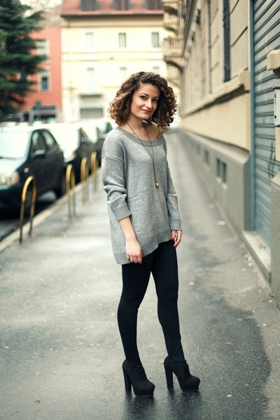 silver tezenis sweater - black tezenis leggings - black Primadonna heels