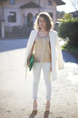 white Rinascimento coat - white Jennifer jeans