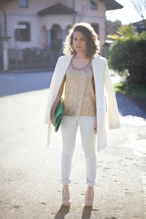 white Rinascimento coat - white Jennifer jeans