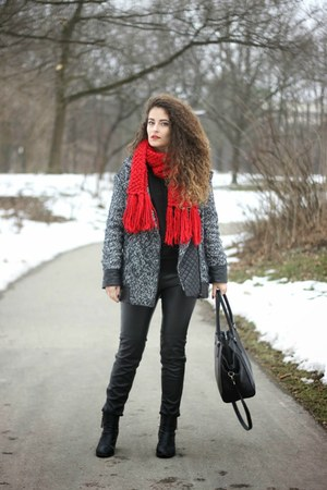ruby red Pimkie scarf - black ankle H&M boots - heather gray Mango coat