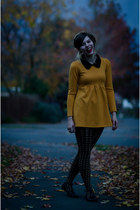 mustard pan collar Sheinside dress - black houndstooth foot traffic tights