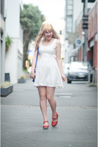 ruby red red Lotta from Stockholm clogs - white cute Chicwish dress