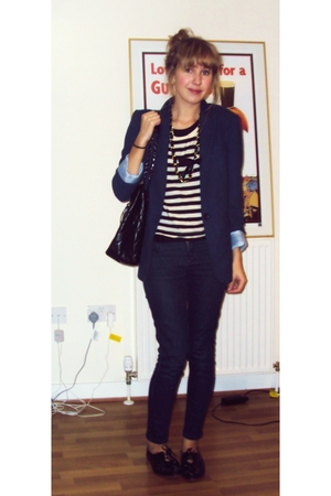 Topshop blazer - Topshop top - Topshop jeans - warehouse purse - Primark necklac