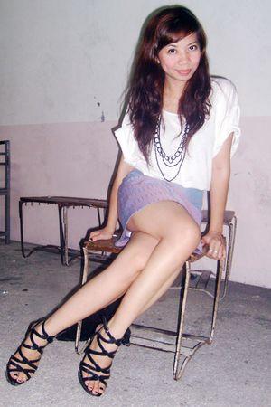 white random t-shirt top - purple vintage skirt - black Syrup shoes