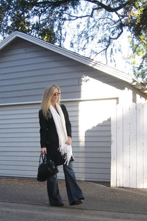 black Vintage long pea coat coat - blue Seven For All Mankind jeans - black Gucc