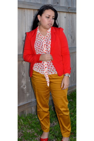 red XTAREN blazer - Timing blouse - mustard Timing pants