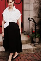 black thrifted skirt - white shirt - handmade purse