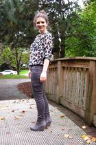 gray H&M blouse - gray American Eagle pants - gray H&M shoes