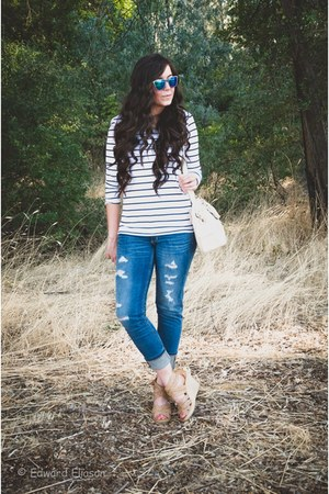 JCPenney jeans - H&M shirt - Dolce Vita wedges