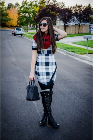 daily look scarf - Lolashoetique boots - Colors of Aurora dress